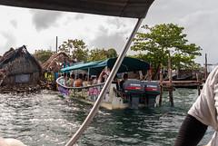 Puerto Carti - San Blas - Panama (Felipe Valduga) Tags: travel kitlens samsung pa panama sanblas cpl circularpolarizer samsunggx10 schineiderdxenon1855f3556