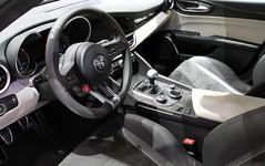 Alfa Romeo Guila QV. (Tom Daem) Tags: alfa romeo autosalon qv guila