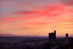 Xmas Dusk (Carlos (CR 76)) Tags: sunset españa atardecer spain fuji dusk cuellar segovia fujifilm frio castilla castile towar fujinon1855mm