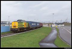 RRF 16 - Botlek (Spoorpunt.nl) Tags: v100 10 terminal container shuttle 16 duisburg trein januari 2016 botlek rrf cobelfret distri