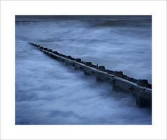 Cuckmere Haven (Nigel Morton) Tags: ocean sunset sea seascape detail beach landscape sussex evening coast waves dusk cliffs groyne eastsussex current englishchannel groynes cuckmerehaven groyle nigelmorton