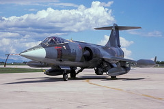 MM6750 (david47uk) Tags: lockheed italianairforce f104starfighter f104s avianoafb 37stormo mm6750