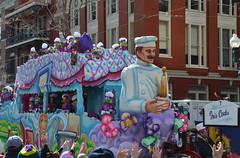 Iris Cooks - Krewe of Iris float (Monceau) Tags: colorful parade mardigras kreweofiris