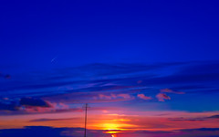 Vibrant (1 of 1) (Geoffrey Radcliffe /radcliffegeoffrey@yahoo.co.uk) Tags: uk sunset england coast nikon vibrant south hampshire coolpix geoffrey radcliffe a100 lightroom57