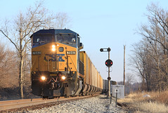 W107 South at XN (GLC 392) Tags: railroad morning light ohio color train lights empty oh coal position cpl csx xn 7840 leipsic cpls c408w w107 cw408