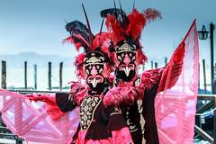 Carnaval Venise 2016-6557 (yvesw_photographies) Tags: italien carnival venice costumes italy costume europa europe italia eu parade chapeaux carnaval venise carnevale venezia venedig carneval italie venitian costum costumi costumé vénitien vénitienne costumés carnavaldevenise2016
