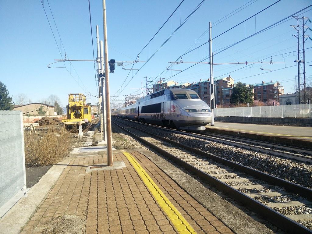 The world 39 s best photos of eurocity and milano flickr - Treno milano porta garibaldi bergamo ...