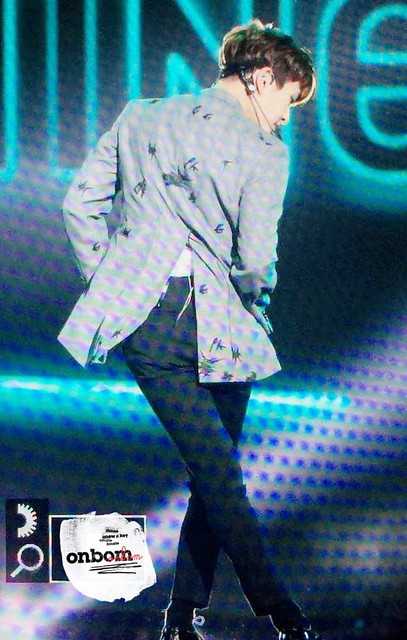160328 Onew @ '23rd East Billboard Music Awards' 25500160704_6105d92f49_z
