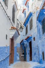 Calle de Chefchaouen (Pablo Rodriguez M) Tags: blue azul bleu morocco maroc chefchaouen marruecos