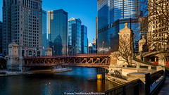 DuSable bridge, Chicago (Yves Kéroack) Tags: city winter chicago sunrise skyscrapers hiver ville riverwalk trumphotel leverdusoleil gratteciels dusablebridge