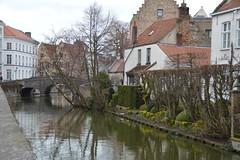 along the canals in Bruges (Yenner815) Tags: canal belgium bruges flanders flandria belgia brugia