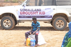 Food aid for a child in drought-hit Awdal, Somaliland (Ummah Welfare Trust) Tags: poverty africa charity food water children hope desert islam aid hunger muslims development humanitarian somalia somaliland developing puntland humanitarianism nugaal awdal