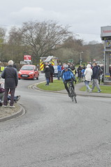 _DSC2119 Waiting for the Tour de Yorkshire (petelovespurple) Tags: people cars cycling waiting candid yorkshire police bikes flags northyorkmoors motorbikes northyorkshire 2016 a170 kirkbymoorside ryedale tourdeyorkshire