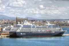 Azamara Journey in Palma (PLADIR) Tags: port island boot spain ship panasonic insel hafen mallorca palma schiff kreuzfahrtschiff spanien balearen habour kreuzfahrt hafenviertel azamarajourney fz1000