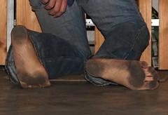 dirty party feet 533 (dirtyfeet6811) Tags: feet dirty barefoot soles dirtyfeet partyfeet dirtysoles soles2
