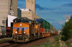 Rerouted G4CI (Jeff Carlson_82) Tags: railroad up train flood ks railway kansas unionpacific topeka ge washout railfan grainelevator cargill uprr gevo 7470 reroute es44ac zg4ci g4ci