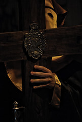 Cruz gua (M. Martn Gmez) Tags: espaa easter spain catholic religion procession tradition ostern spanien semanasanta elche tradicin holyweek   prozession comunidadvalenciana