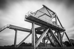 Juin 1944 - Pegasus Bridge (Remy Carteret) Tags: bridge blackandwhite bw france canon eos blackwhite noiretblanc pegasus wwii pipe nb worldwarii overlord ww2 pont mk2 5d canon5d normandie neptune normandy liberation dday tonga worldwar2 mkii markii mark2 pegasusbridge cornemuse jourj libration ranville allis 661944 6644 pegase dbarquement parachutiste pgase secondeguerremondiale bnouville 2eguerremondiale june44 batailledenormandie parachutistes deadstick canoneos5dmarkii batailledefrance 5dmarkii canon5dmark2 juin44 oprationneptune pont 5dmark2 canon5dmarkii canoneos5dmark2 pontbasculant remycarteret rmycarteret piperbillmillin neptuneopration pgase oprationdeadstick deadstickopration oprationtonga tongaopration euston1 bluebonnetsovertheborder