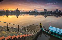 Sarawak river (Bani Hasyim  ) Tags: river waterfront taxi sarawak kampung kuching perahu pak tambang panjang lintang pengkalan regattasarawak