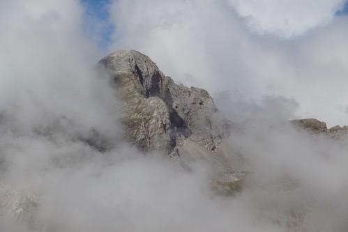 Peaks in the clouds