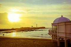 Atardecer Playa de La Caleta (RodriValle89) Tags: sun sol atardecer mar playa paisaje arena ocano