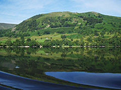 Ullswater reflection (nisudapi) Tags: uk cruise reflection water ferry landscape boat lakes lakedistrict wave cumbria steamer ullswater 2015