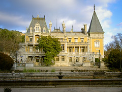 Crimea-19 (Konstantin_VD) Tags: castles palaces cottages statelyhomes manorhouses castlespalacesmanorhousesstatelyhomescottages