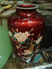 "JAPANESE CLOISONNE VASE IN RED. • <a style=""font-size:0.8em;"" href=""http://www.flickr.com/photos/51721355@N02/24653484363/"" target=""_blank"">View on Flickr</a>"