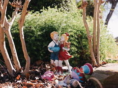 Wee Tots (BurlapZack) Tags: stilllife house playground statue kids backlight garden children afternoon frolic bokeh statues neighborhood walkabout pointandshoot sprites frontyard cherubs compact 43 statuette kiddos dallastx boyandgirl pack01 addisontx digitalcompact advancedcompact weetots vscofilm panasoniclumixlx100