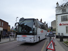 Grayway AY09 DHG (1) (sambuses) Tags: grayway ay09dhg graywayholidays