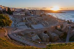 Amfiteatre de Tarragona (Escipi) Tags: sea sunrise mar amphitheatre tarragona amfiteatre medeiterranean