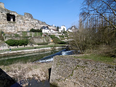 Alzette Valley (tame_alien) Tags: building river landscape ruin luxembourg grund luxembourgcity