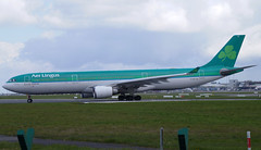 Aer Lingus A330-302 EI-EAV. 23/04/16. (Cameron Gaines) Tags: dublin chicago france fence for illinois december aircraft aviation flight first security airline airbus 28 aer toulouse 2008 departure ord takeoff runway dub transatlantic entering airliner airfield lineup lingus flew 985 kord avgeek eidw a330302 eieav cn9985firstflewattoulouse franceasfwwkfonthe15thofdecember2008beforebeingdeliveredtoaerlingusaseieavonthe27thoffebruary2009theaircraftwasnamedstronan ein123