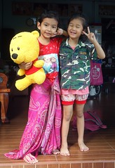 friends with a doll (the foreign photographer - ) Tags: bear girls friends two portraits thailand doll bangkok sony doorway bang bua khlong bangkhen rx100 dscfeb132016sony