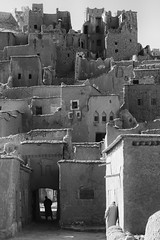 (delikizinyeri) Tags: village morocco walls kasbah aitbenhaddou