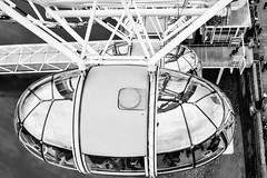 London Eye (petia.balabanova) Tags: travel blackandwhite london monochrome monocromo unitedkingdom details londoneye traveling londra biancoenero nikond800