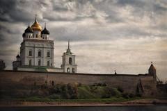 Fairytale Pskov #6 (Unicorn.mod) Tags: cityscape september textures kremlin pskov landsape 2015 canonef24105mmf4lisusm canoneos6d
