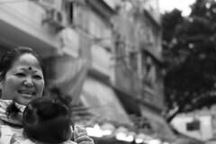 Happy India Woman (Job Homeless) Tags: blackandwhite hongkong streetphotography jordan f2 58mm helios44m monochorme streetsnap canon6d