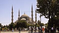 blue mosque (NamiQuenbyBusy) Tags: turkiye istanbul bluemosque masjid turki