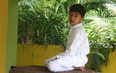 White kurta pyjama (Nagarjun) Tags: kiran tatu kanishka kinu aluva takshila diwali2016