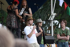 IMG_1273 (sdttds) Tags: students hippies livemusic free quad wef ucdavis wholeearthfestival musicandartfestival
