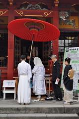 Tokio (claudia.schillinger) Tags: japan asakusa tokio schrein schirm