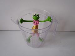 Volumetric froggie (The Famous Froggies) Tags: green plastic fluid measure volume froggie bendable flickrbingo4g46