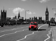 london (mangMangW) Tags: voyage city uk trip travel red england urban london westminster car blackwhite europe unitedkingdom londres angleterre british ville urbain britannique royaumeuni nikond750 sigma24mmf14art