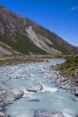 hooker valley (wirsindfrei) Tags: newzealand nature river landscape nationalpark nikon valley mtcook mountainside hooker neuseeland mountcook aoraki hookervalley nikond60