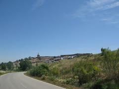 Der Zielort Carcaboso in Sicht (pilgerbilder) Tags: pilgern pilgerfahrt pilgertagebuch vadellaplata grimaldocarcaboso