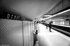 Vision tunnel (alex.bernard) Tags: blackandwhite bw canada canon subway montréal noiretblanc métro québec tamron métrodemontréal montrealsubway tamron2470 stationberriuqam canon5diii