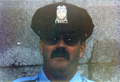02.MPDC.Boyle.TasteDC.13October1996 (Elvert Barnes) Tags: washingtondc dc cops police wdc mpd tasteofdc mpdc nwwdc northwestwashingtondc metropolitanpolicedepartmentofthedistrictofcolumbia mpdcofficerterryboyle mpdc1996 cop1996 cops1996 police1996 october1996tasteofdc