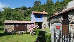 Fachada (brujulea) Tags: asturias casas fachada colunga sotu rurales molin brujulea