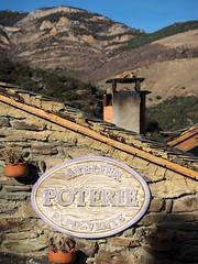 Atelier Poterie 2 (croissantsauxamandes) Tags: roof chimney pots poterie atelier jujols